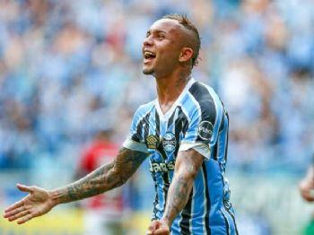 Everton 'Cebolinha' foi o artilheiro da Copa América e será a atração do Grêmio na partida contra o Bahia, pelas quartas de final da Copa do Brasil (Lucas Uebel/Gremio/Flickr)
