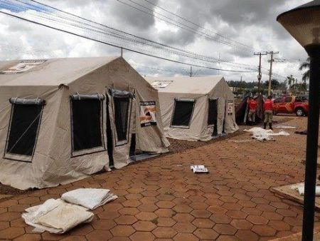 Barracas na UPA foram montadas para receberem possíveis pacientes do covid-19
