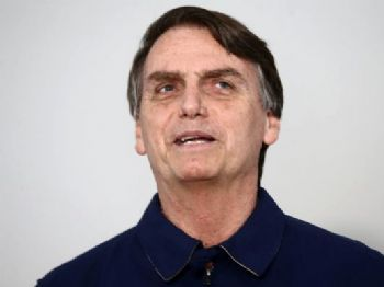 Bolsonaro disse não acreditar na possibilidade de uma reforma que eleve a idade mínima para 65 anos para todos. Foto: Fábio Motta/Estadão