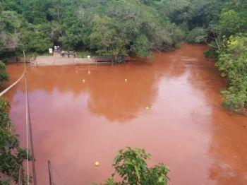 Água cristalina ficou turva por conta dos sedimentos - Foto: Foto: Divulgação