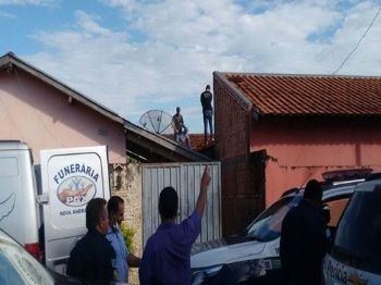 Menino foi encontrado em telhado de residência próximo a sua casa - Foto: Nova News