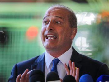 Futuro ministro da Casa Civil, Onyx Lorenzoni diz que meta é ficar abaixa de 20 ministérios