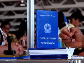 OIT concluiu que a reforma trabalhista é compatível com a chamada Convenção 98, que trata do direito à negociação coletiva - Marcello Casal/Arquivo/Agência Brasil