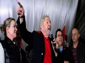 O ex-presidente Lula durante encontro com petistas na zona sul de São Paulo - Foto: RONALDO SILVA/FUTURA PRESS/FUTURA PRESS/ESTAD