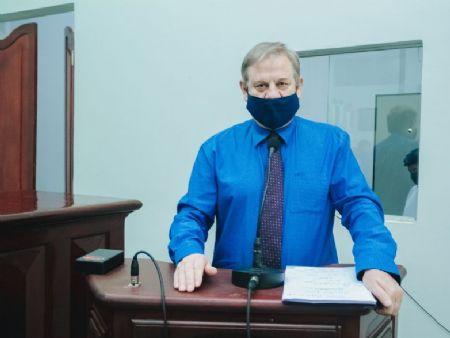 Vereador Ademar Dalbosco solicita atendimento a população