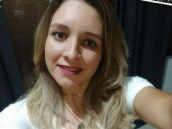 Regianni Araújo foi morta a tiros enquanto descansava no sofá da casa dos sogros (Foto: reprodução/Facebook)