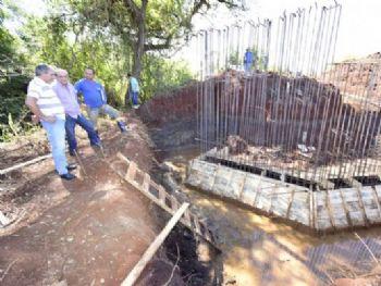Depois do incêndio, os moradores da região precisam acessar a Vila São Pedro dando uma volta de 8 km pela rodovia MS-379. Foto: Luiz Radai