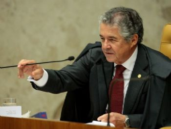 O ministro Marco Aurélio Mello em julgamento no plenário do STF (Foto: Carlos Moura, STF)