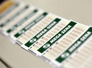 O sorteio da Mega-Sena será realizado a partir das 20h (horário de Brasíia) - Marcello Casal Jr./Agência Brasil