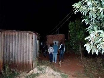 Crime ocorreu na noite de ontem, em Dourados. - Foto: Osvaldo Duarte/Dourados News