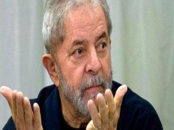 Ex-presidente não está totalmente fora da corrida deste ano, admitem ministros - Foto: Agência Pública