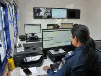 Policiais fazem monitoramento das vias e viaturas de MS. - Foto: Valdenir Rezende