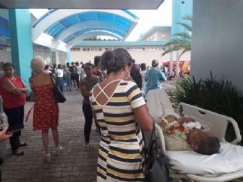 Pacientes foram retirados do Prontomed por conta da fumaça - Foto: WhatsApp / Correio do Estado