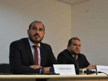 Delegado regional de combate ao crime organizado, Fabrício Rocha, e o delegado Denis Colaris, responsável pela operação Purificação. Foto: Vinicios Araújo