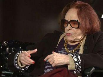 A atriz, cantora e diretora Bibi Ferreira, em entrevista à TV Brasil - Reprodução/TV Brasil