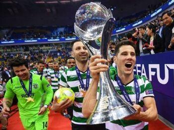 Douradense conquistou o título europeu neste domingo (foto: Divulgação/arquivo pessoal/facebook)