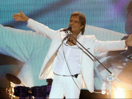 Roberto Carlos se modernizou e agora terá live durante pandemia - divulgação