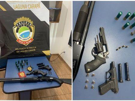 Homem é preso por porte ilegal de armas de fogo (Foto:Divulgação/Polícia Civil)